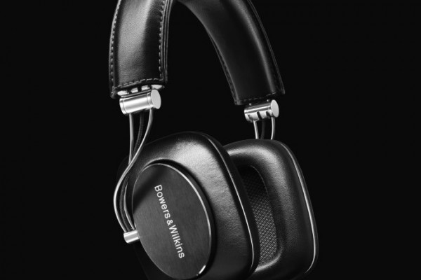 BowersWilkins-P7 Black-reflection - Copy