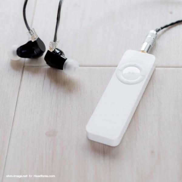 iPod-shuffle512-FitEar-Parterre_B