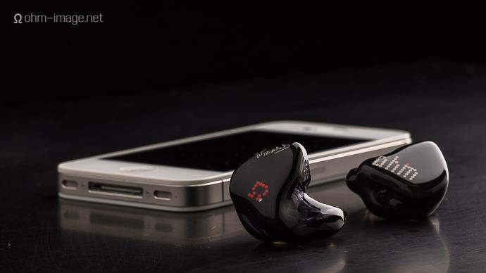 iPhone 4 Noble Audio K10-1